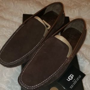 UGG Shoes/Slippers MEN size 10